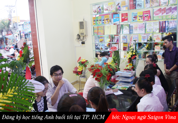 lop hoc tieng anh buoi toi tai tphcm