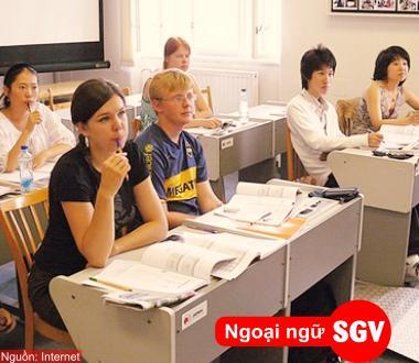 SGV, khoa hoc tieng viet cho nguoi nuoc ngoai o binh duong